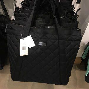 6/15/19 Steve Madden handbag tote